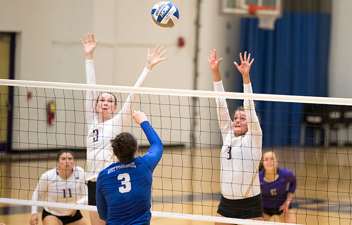 Saint Michael's Women's Volleyball Loses to Visiting Franklin Pierce