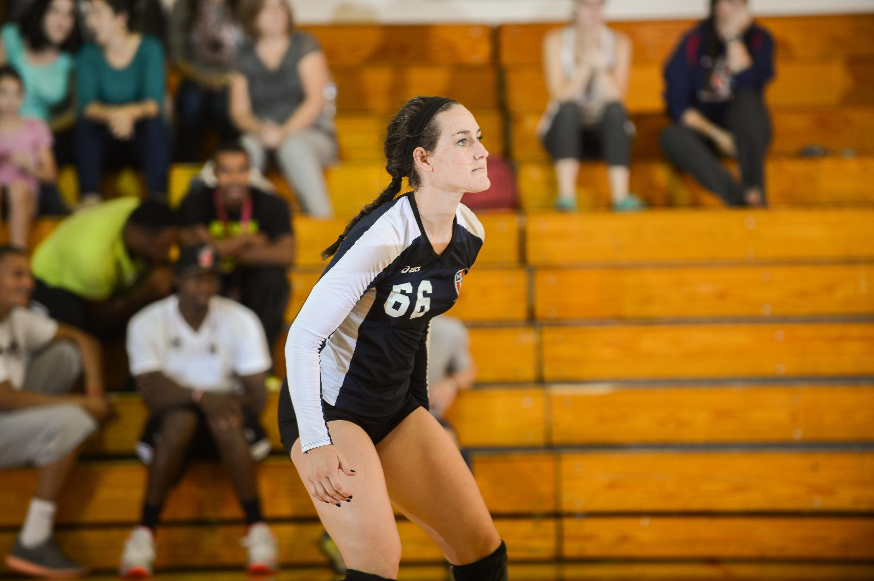 Volleyball finishes Tri-Match weekend 1-1
