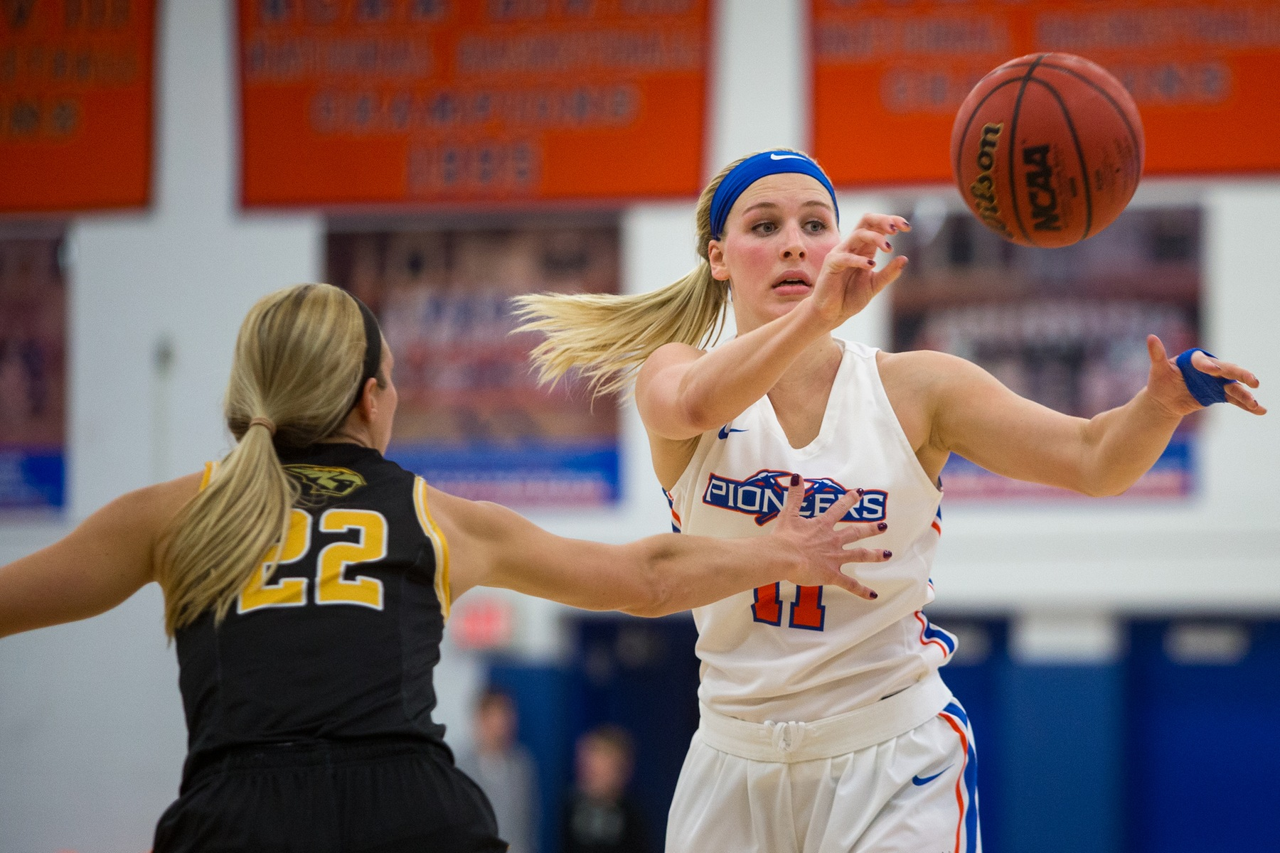 Pioneers can't overcome slow start