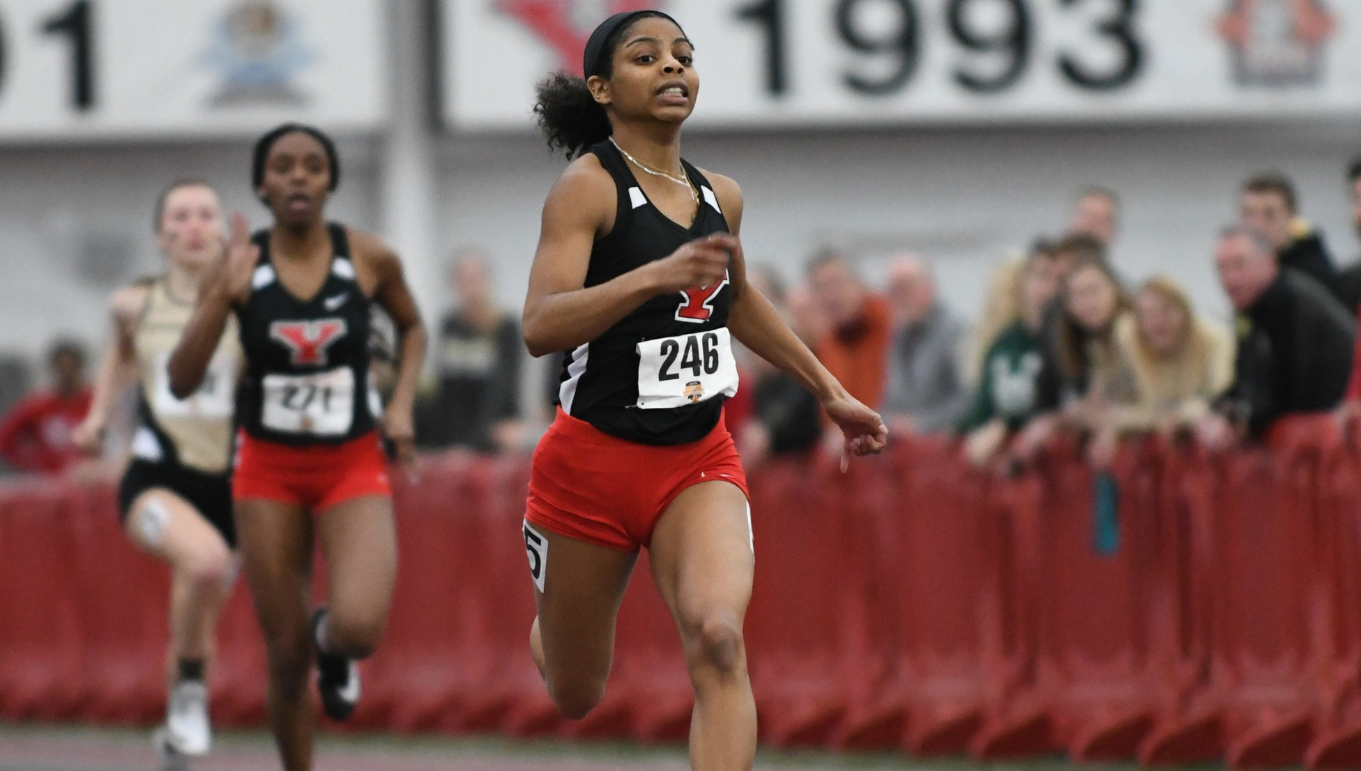 Track & Field Hosts 29 Schools For YSU Collegiate Invitational