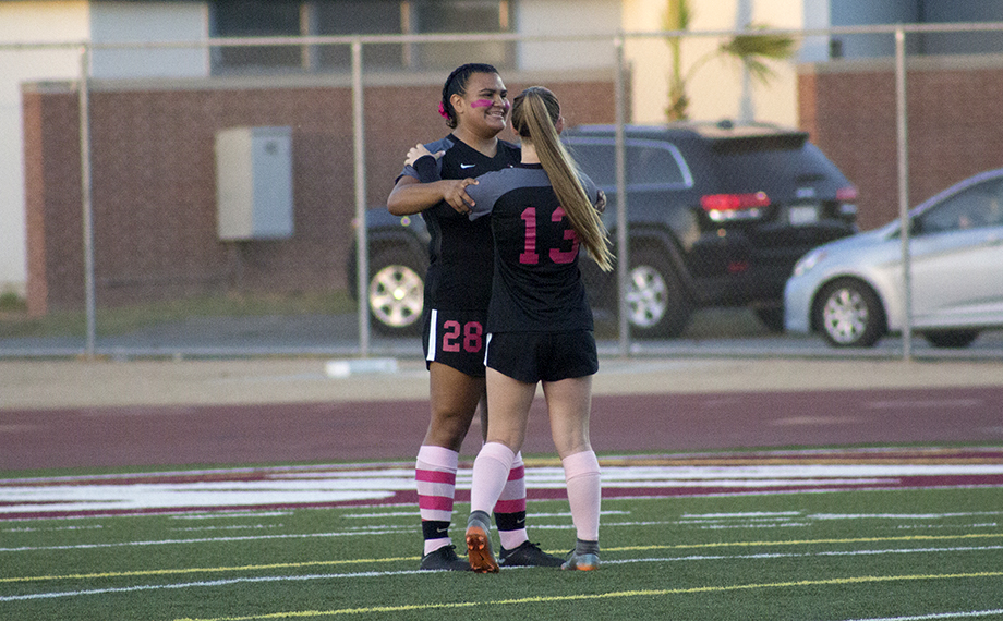 Women's Soccer Comes Up Short Against LA Harbor
