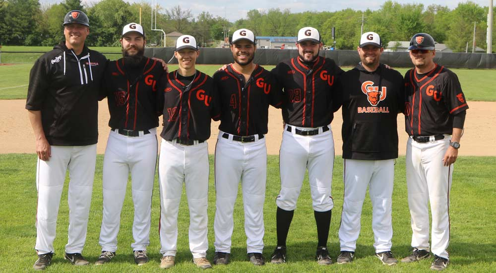 Baseball takes series win against Spalding after honoring seniors