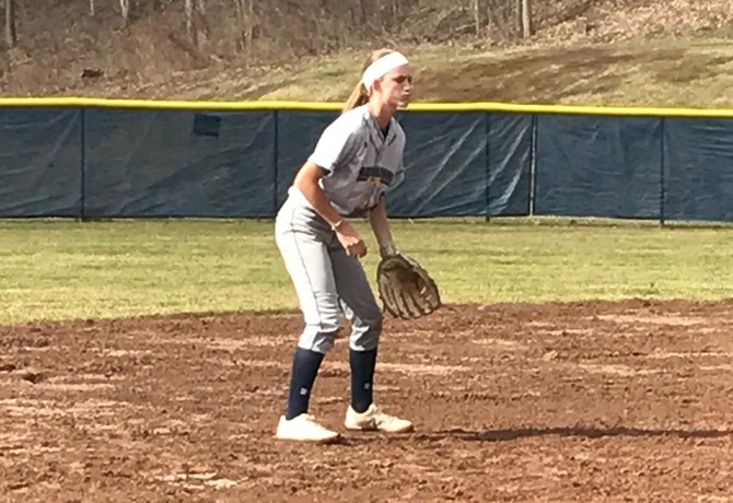 Softball drops a pair of games at Fitchburg State in MASCAC action