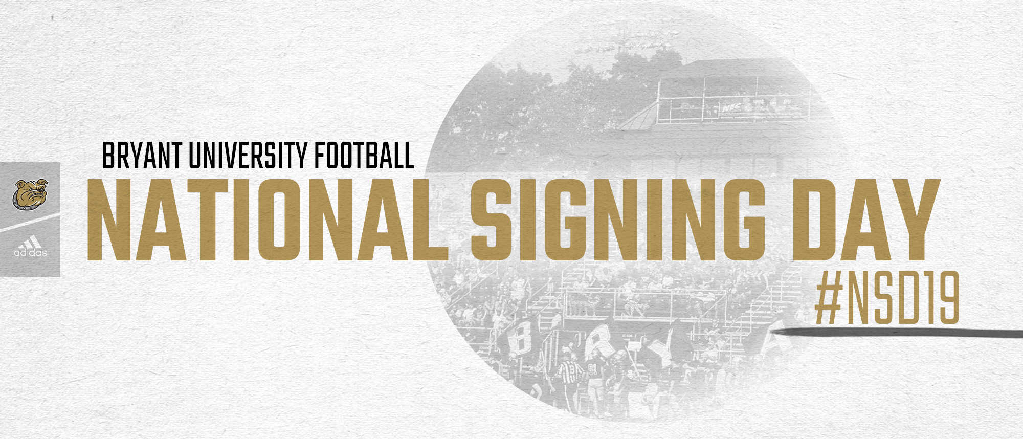 Football signs three, completes signing class