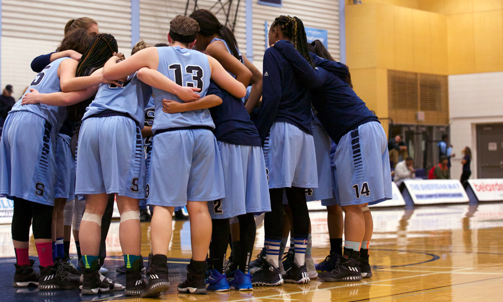 Late rally comes up short for women's basketball