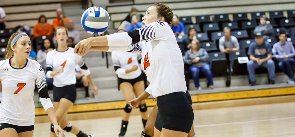 Schleuger paces Pioneers to five-set road win at Catawba