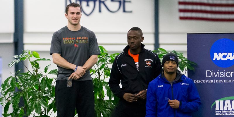 Vogel wins 55, men finish 7th at IIAC Championships
