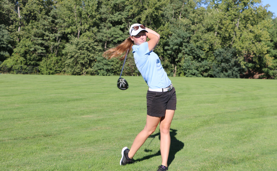 Women's Golf Finishes Fourth in Saint Rose Spring Classic