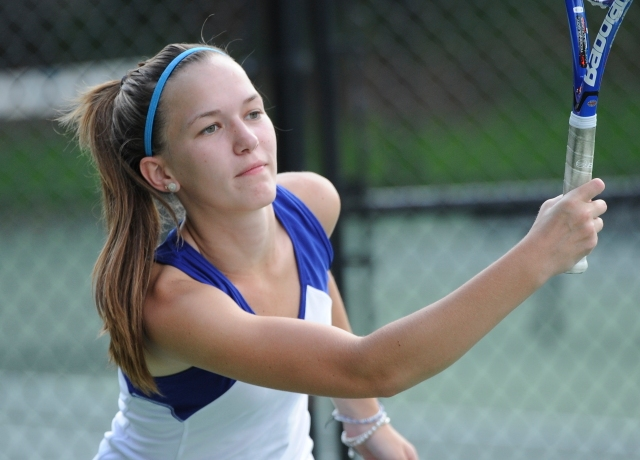 Women's Tennis Drops 7-2 Decision On the Road To UMass Boston