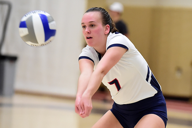 Women's Volleyball Comes Back To Defeat Pitt-Bradford