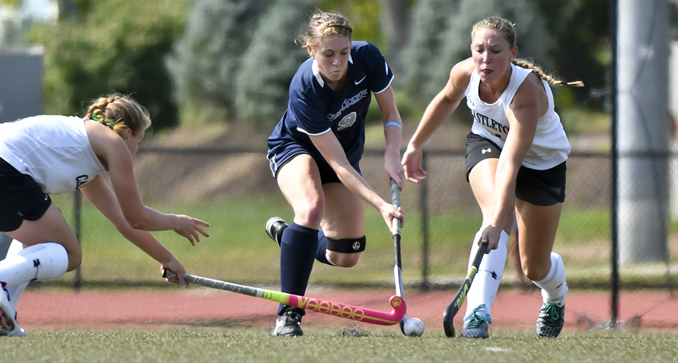 Photo of field hockey player, Anna Ballou.