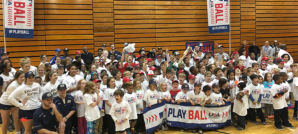 Bison baseball and softball members participate in MLB's PLAY BALL event held at Gallaudet University