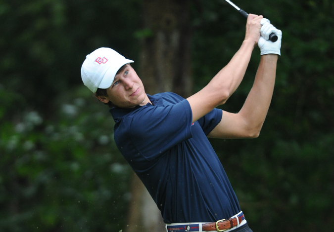 Men's Golf Stands in 13th Place after Day One of the Bearcat Invitational