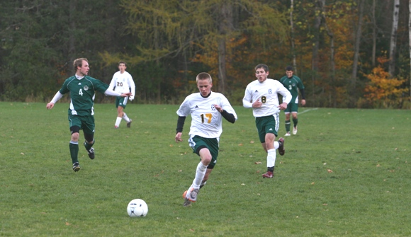 Seniors lead Lyndon to win over Vermont Tech