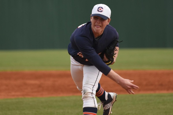 Blue fights back for first win in Fall World Series