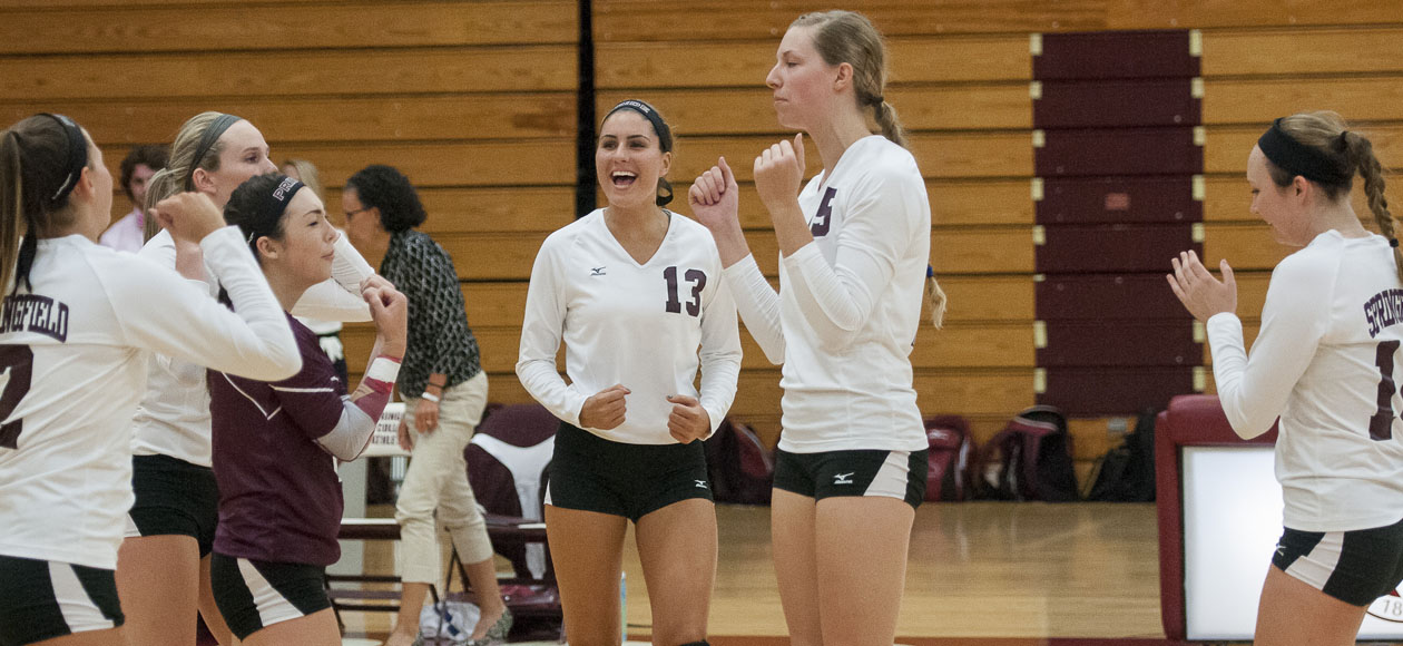 Women's Volleyball Receiving Votes In AVCA Division III Preseason Poll