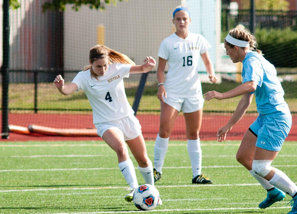 Women's Soccer Takes Unbeaten GNAC Record to Lasell Saturday