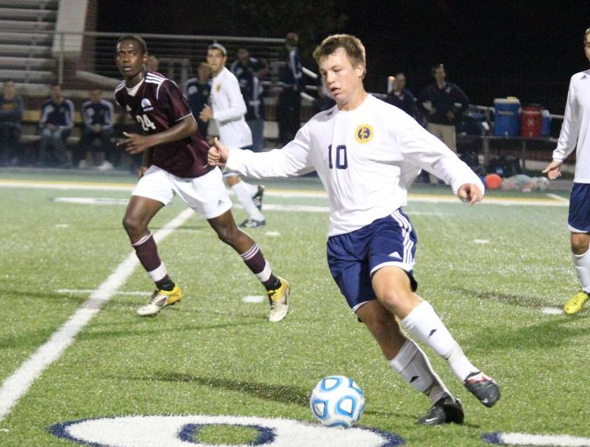 Men's Soccer's Second-Half Rally Falls Short in Loss at Case Western