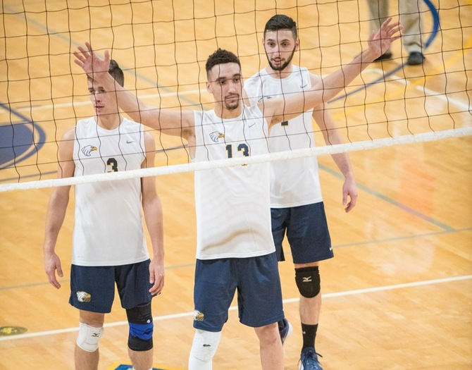 Men's Volleyball Earns 3-0 Sweep of John Jay