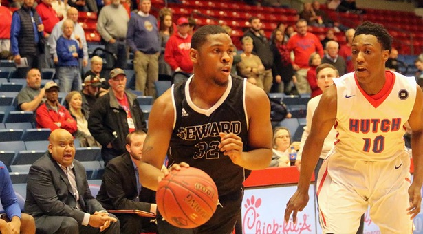 Saints Show Toughness In Loss to No.1 Hutch