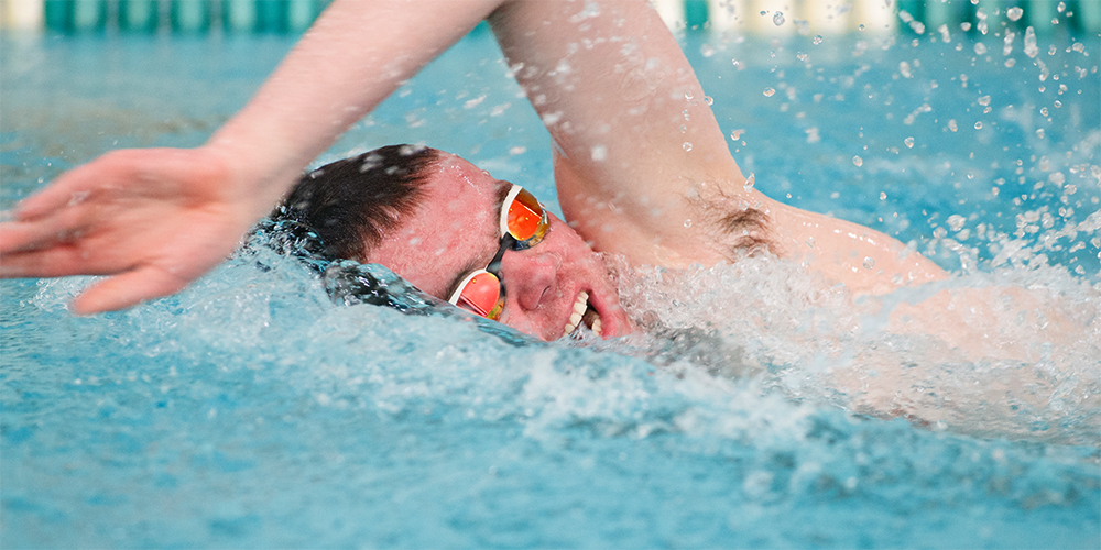 Men's Swimming & Diving Swim Past Mariners for First Win of 2017-18, 174-39