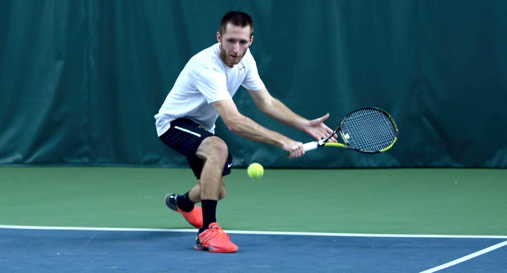 Senior Jesse Schneeberger won both his singles and doubles matches in the final team match of his career and ended 2017 with career highs in singles and doubles victories.