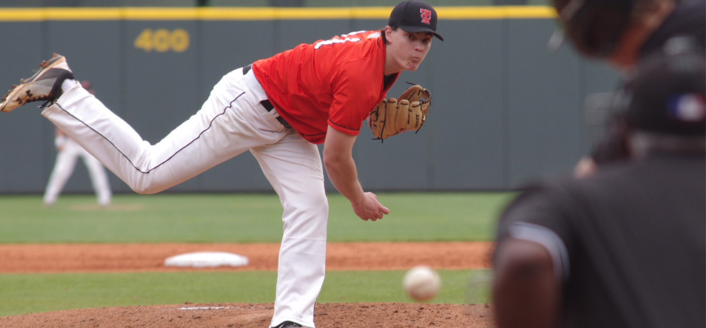 Zach Sanders pitched 6.2 shutout innings in Tusculum's 6-1 win over Bellarmine (photo by Chris Lenker)