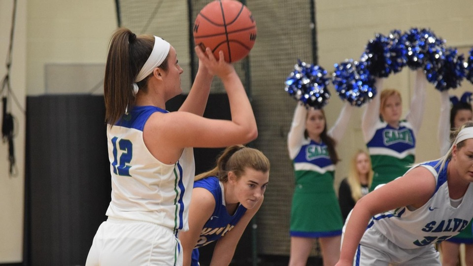 Lauryn Becker scored seven points with three coming from free-throw line. (Photo by Hannah Filiault)