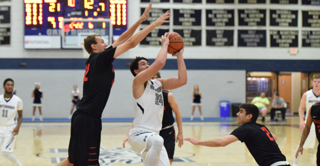 Four Hounds Score in Double Figures as Moravian Tops Haverford, 88-58
