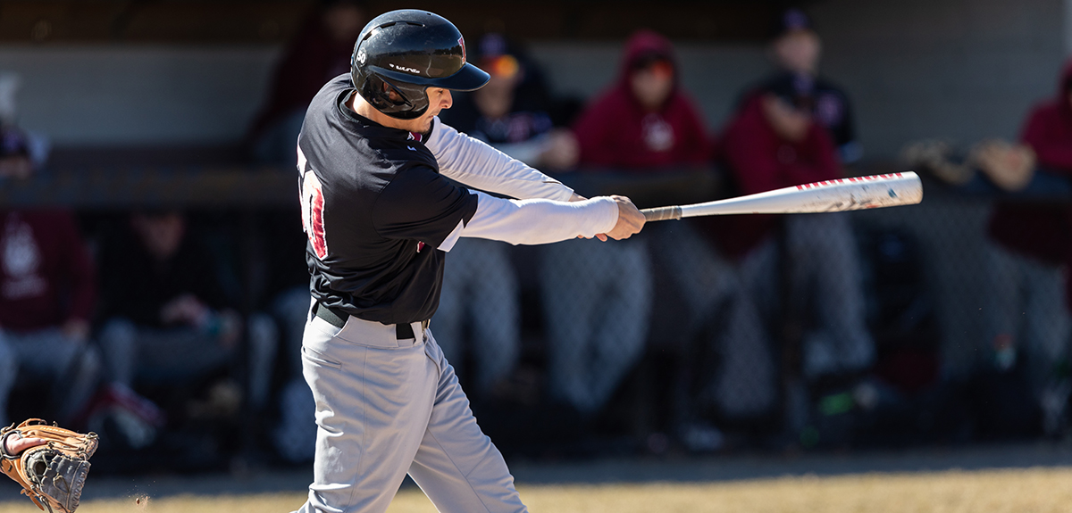 Baseball Sweeps Past Elms In NECC Doubleheader