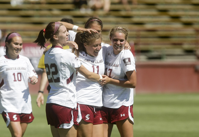 Women's Soccer Hosts Santa Clara Classic This Weekend