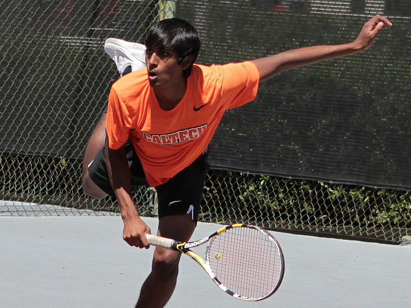 Vasireddy Among Winners in Whitworth Rout