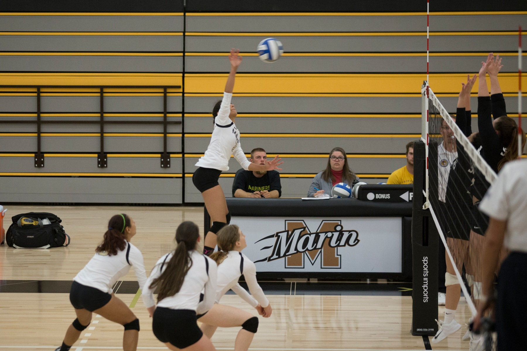 College of Marin Volleyball Opens 2018 Campaign With 3-0 Sweep of Shasta College