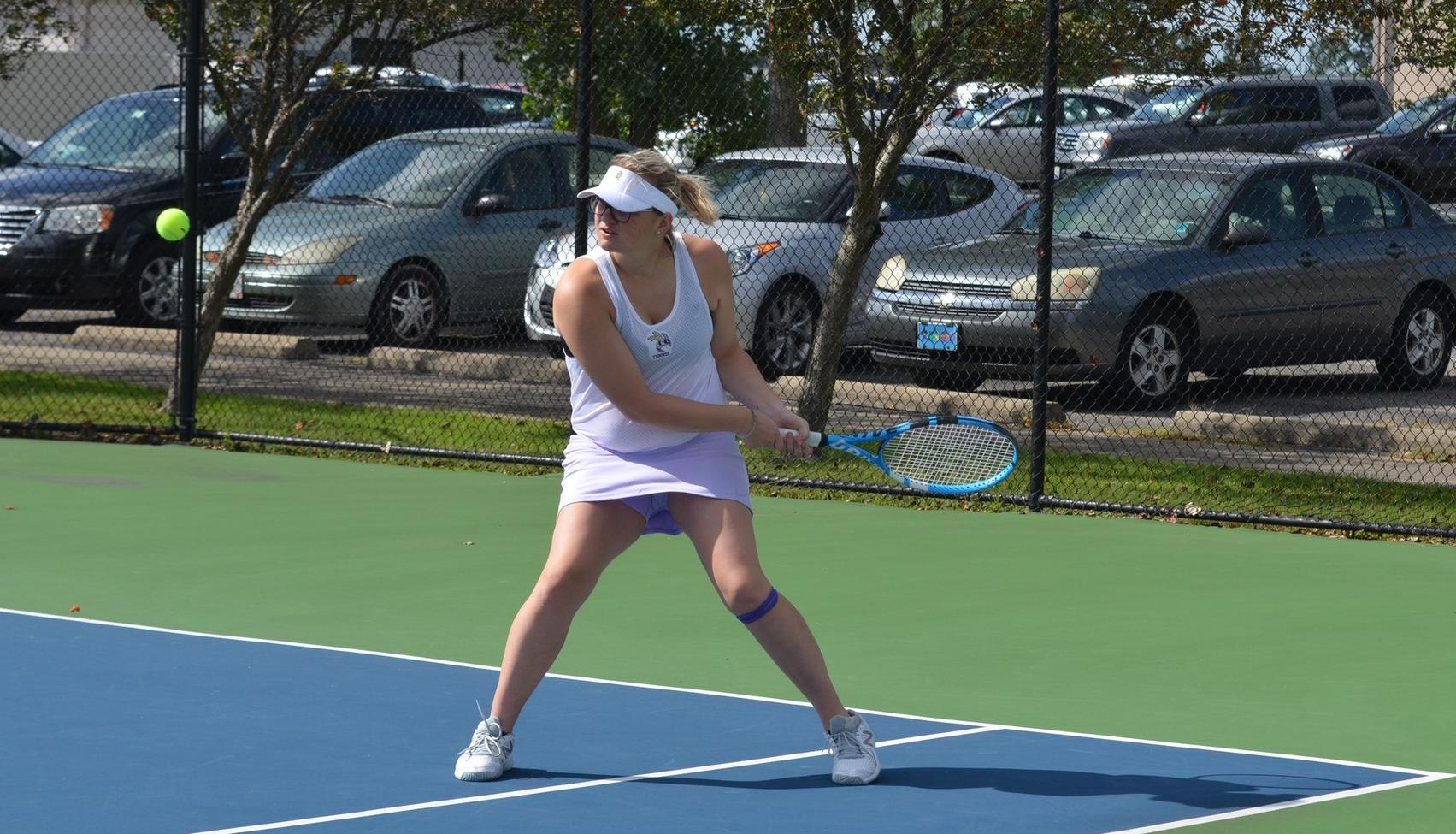 Women's Tennis Bested by NAIA Foe IU-South Bend