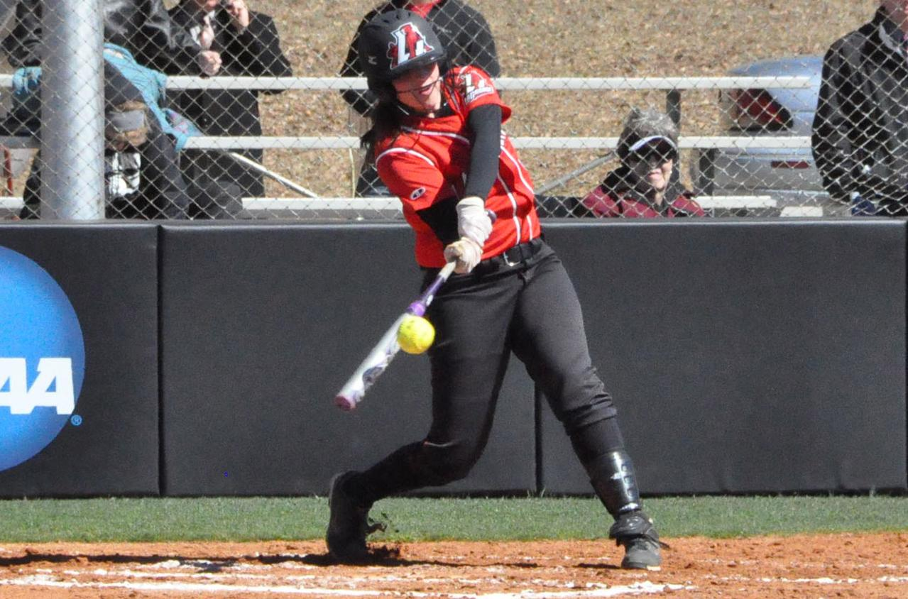 Softball: Panthers hit four home runs in sweep of Agnes Scott