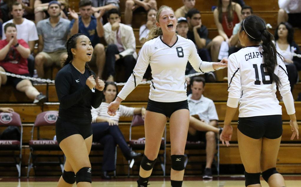 women s volleyball takes five setter from la verne chapman sara utsugi courtney justus kaitlyn raymundo photo by larry newman