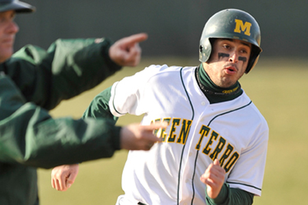 Bats stay hot for McDaniel in 13-8 win over Dickinson