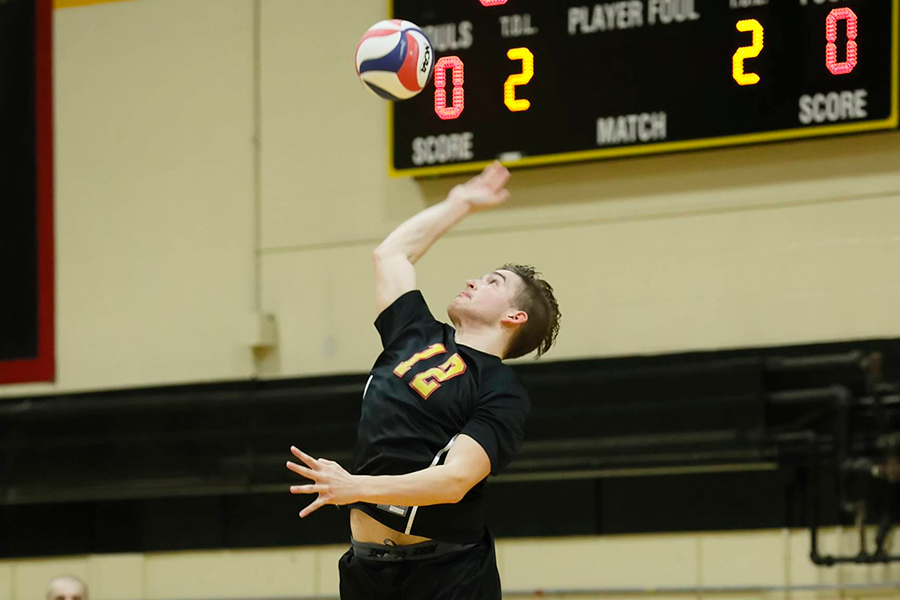 Balanced Attack Lifts Men's Volleyball to Sweep of Endicott