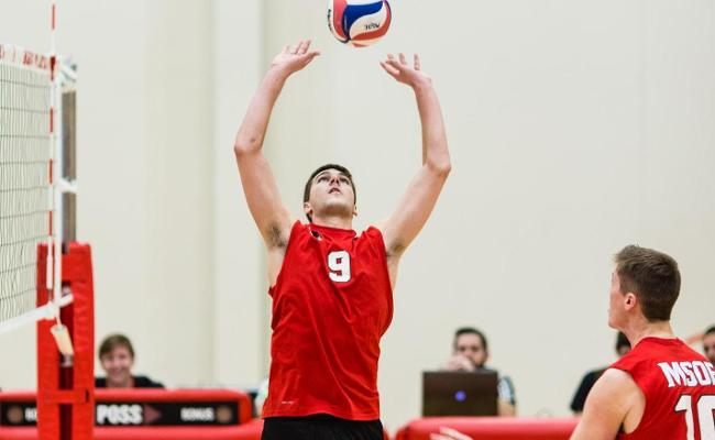 #10 Raiders Sweep Stritch For Seventh-Straight Win