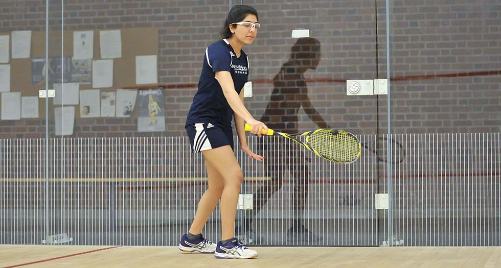 Squash Suffers Road Loss at Colby