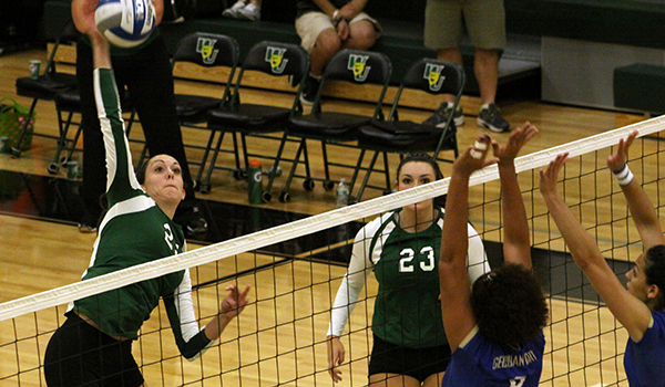 Wilmington Volleyball Bounces Back with CACC Sweep at Dominican