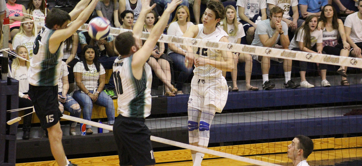 Quinn Peterson matched his career-best with 21 kills.