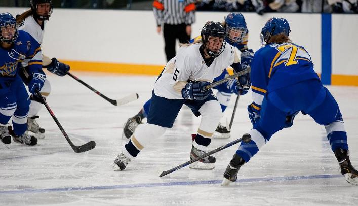 Women's Hockey Picks up First Win of Season