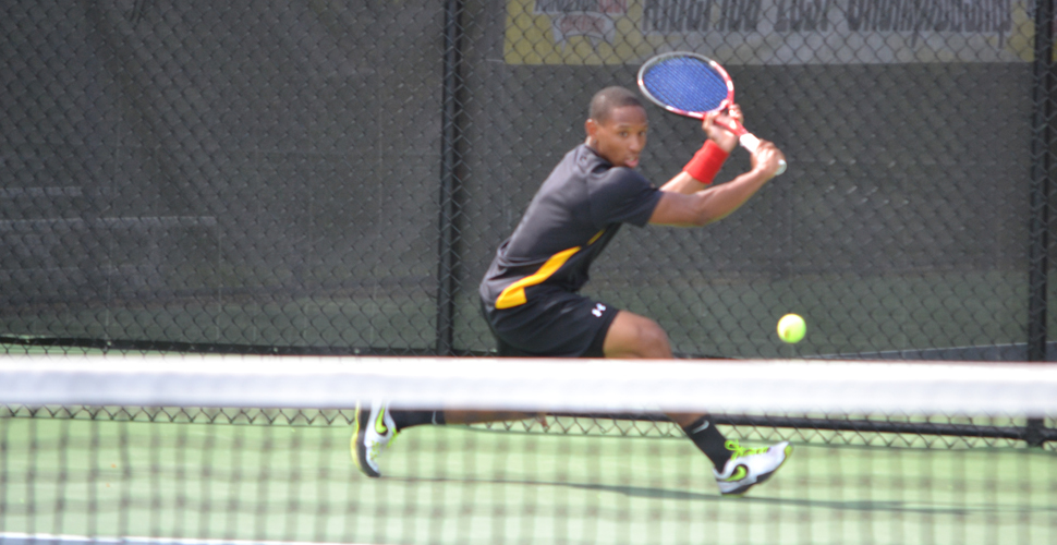Carter Defeats Nationally-Ranked Player; Men's Tennis Edged at Yale, 4-3