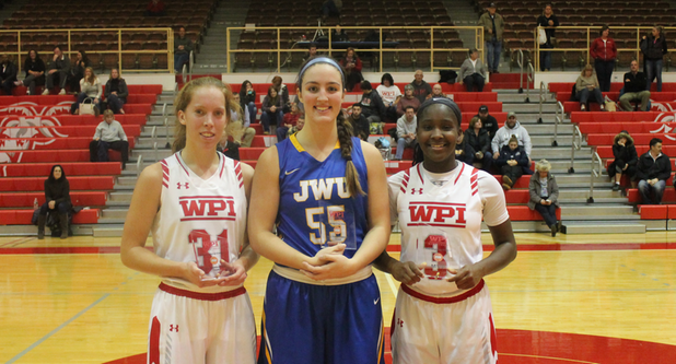 Women's Basketball Falls in Finals of WPI Thanksgiving Classic