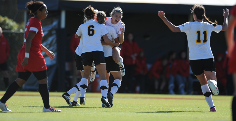 Women's Soccer Hosts No. 2 Stony Brook in AEC Title Game