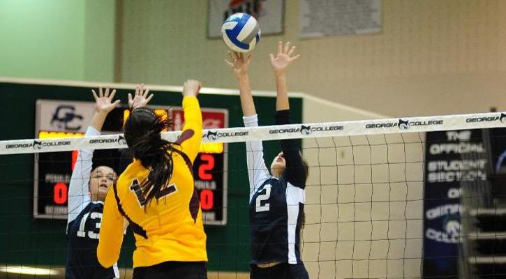 GC Volleyball Drops Match Against Francis Marion