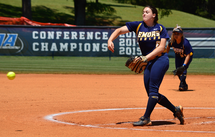 Emory Softball Splits Sunday Doubleheader with Christopher Newport