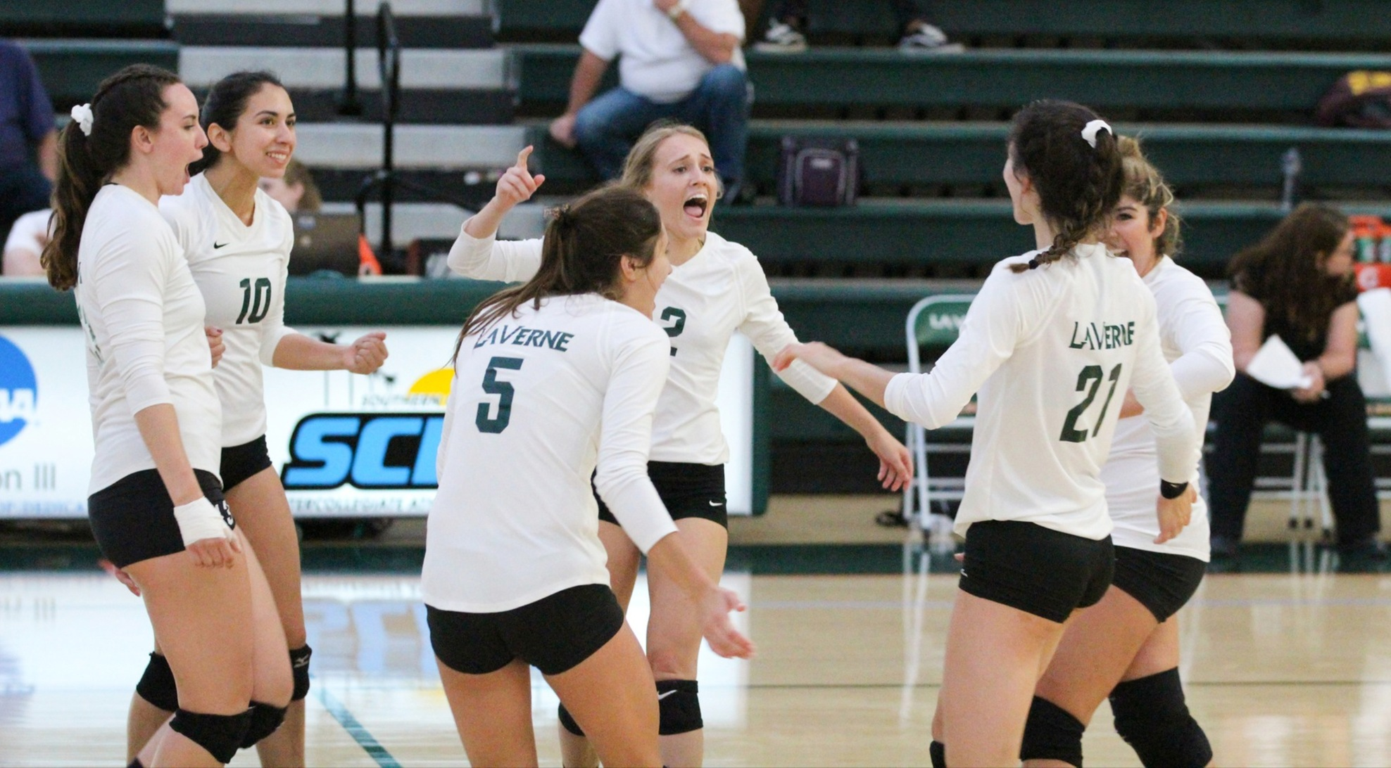 Volleyball takes down No. 15 Cal Lutheran