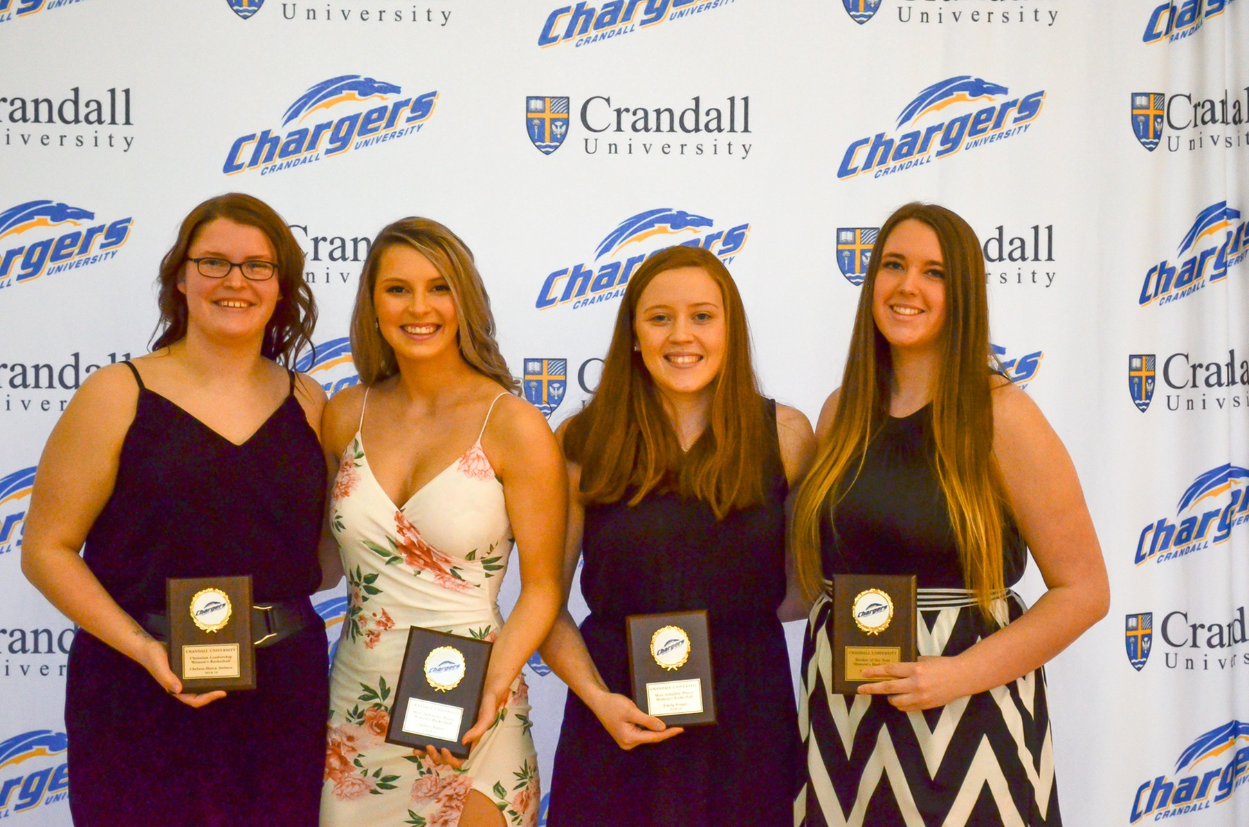 2019 women's basketball award winners